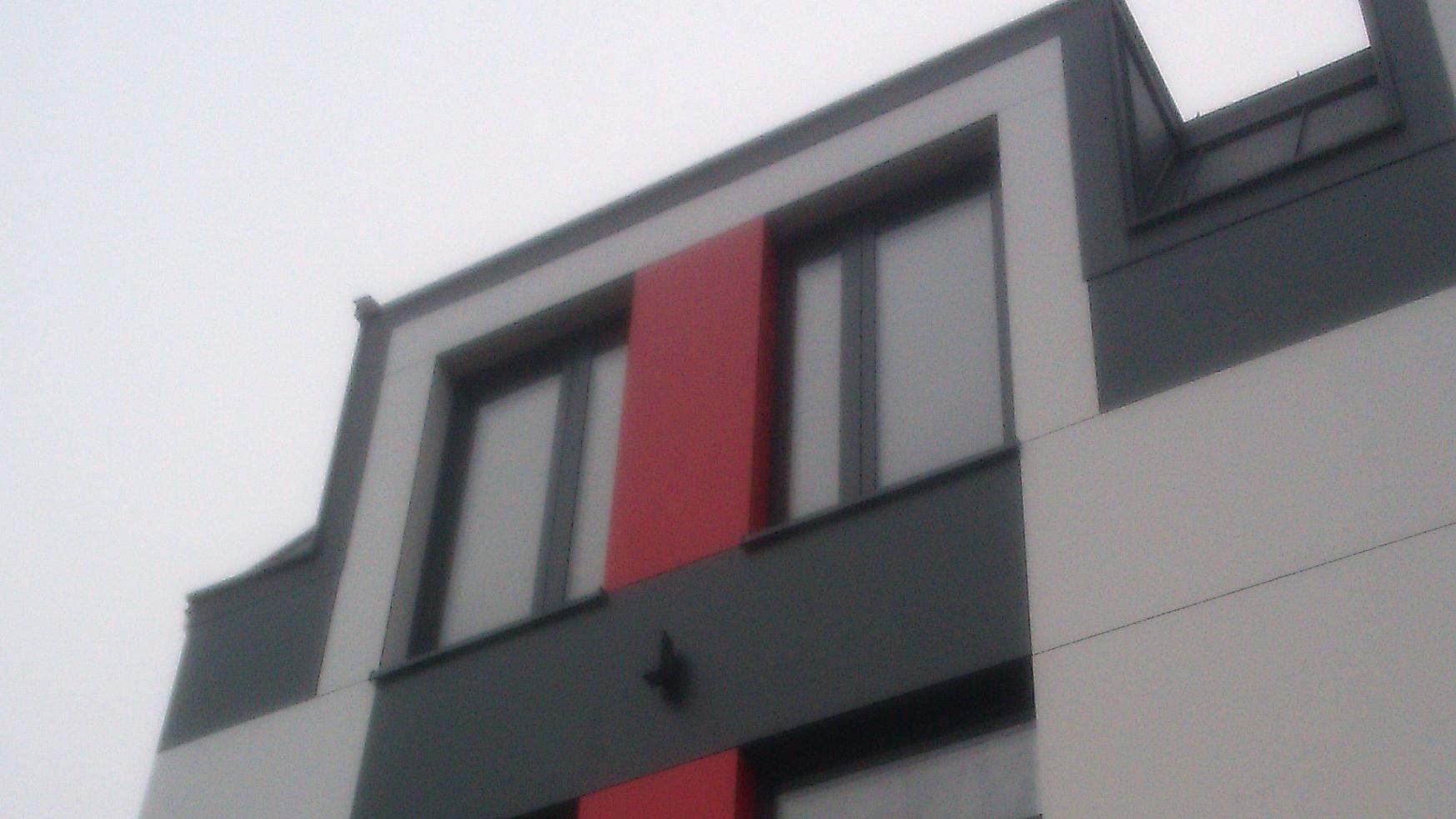 Budynek usługowo handlowy płyty HPL 1