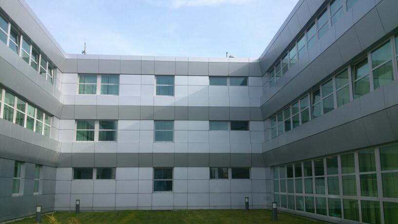 budynek biurowy action 2